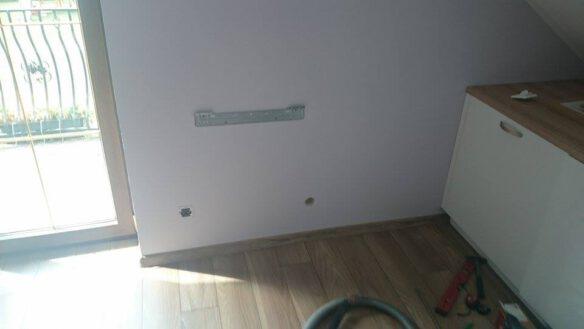 montaż klimatyzatora przypodłogowego 1