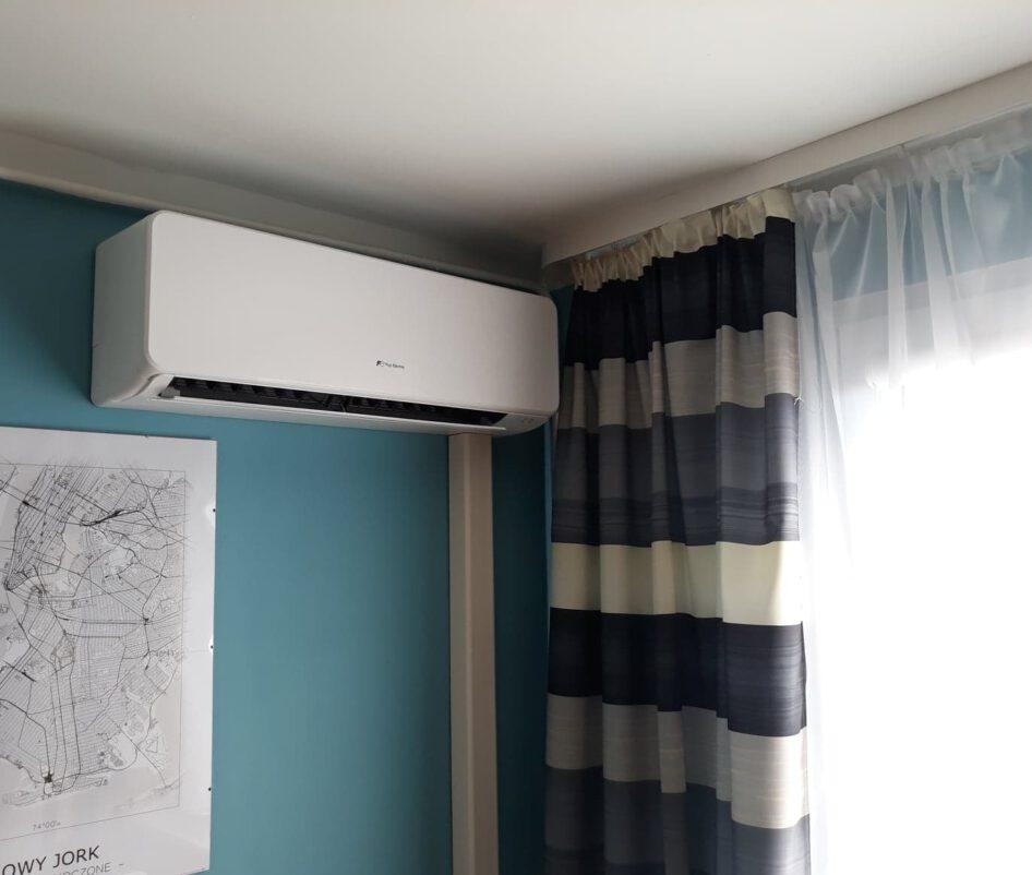 klimatyzacja ścienna w mieszkaniu 12