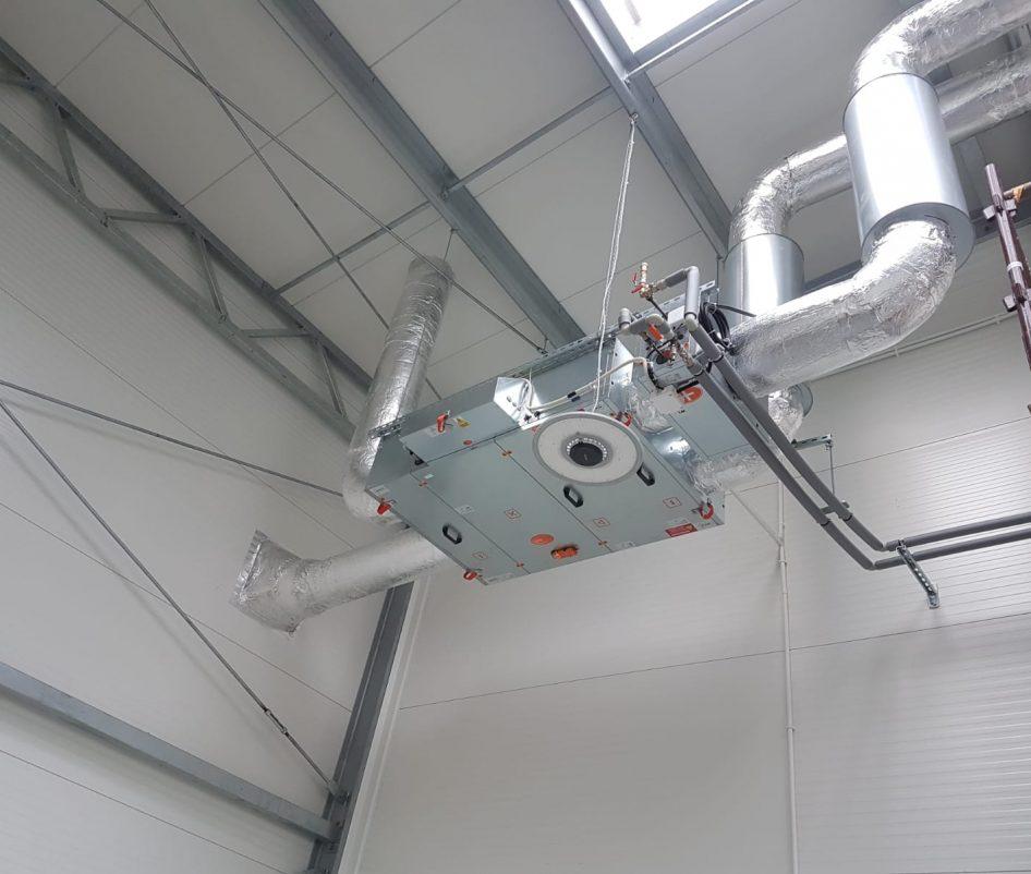 montaż systemu wentylacji 1